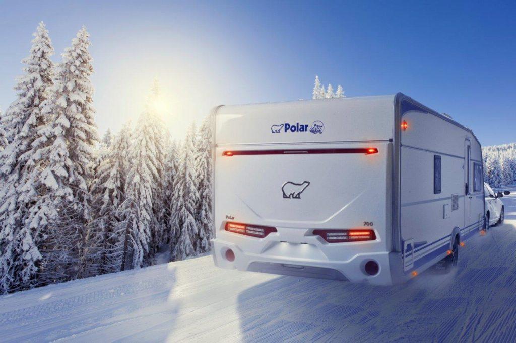 Polar Caravan im Schnee